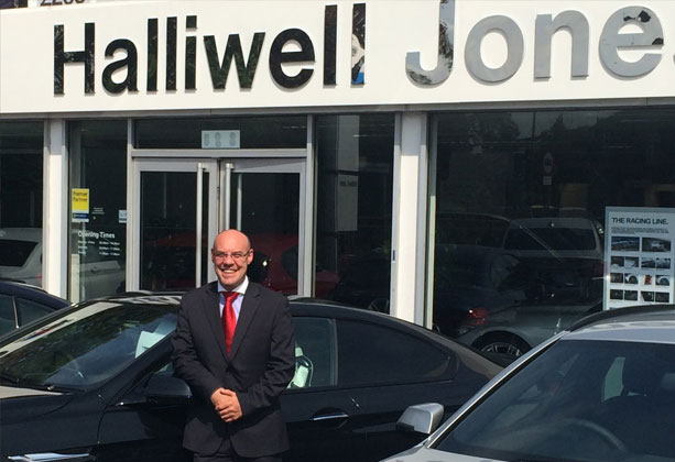 Halliwell Jones sponsors Macclesfield Rugby Club