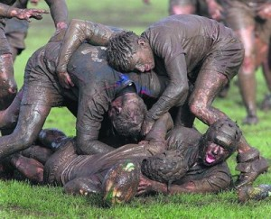 s_33_405_Connacht_schools_rugby_good[1]